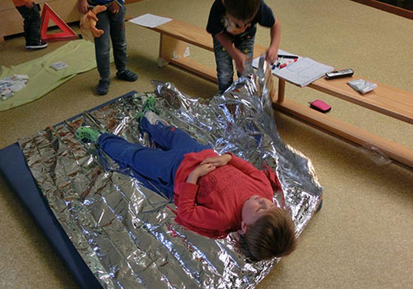 Erste Hilfe - Decke